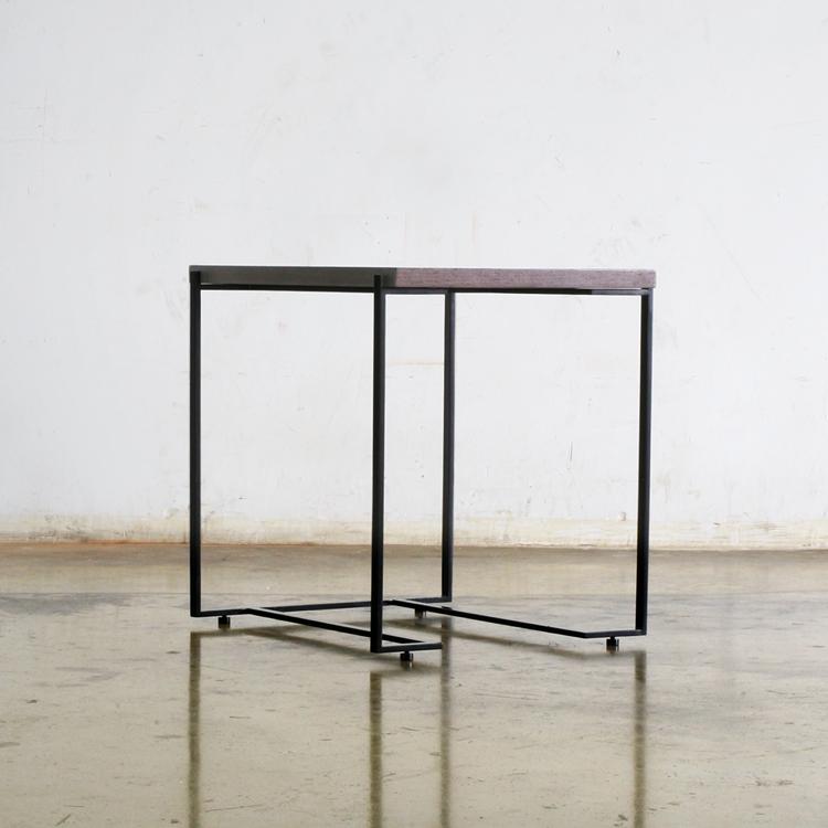 Side Table N°06